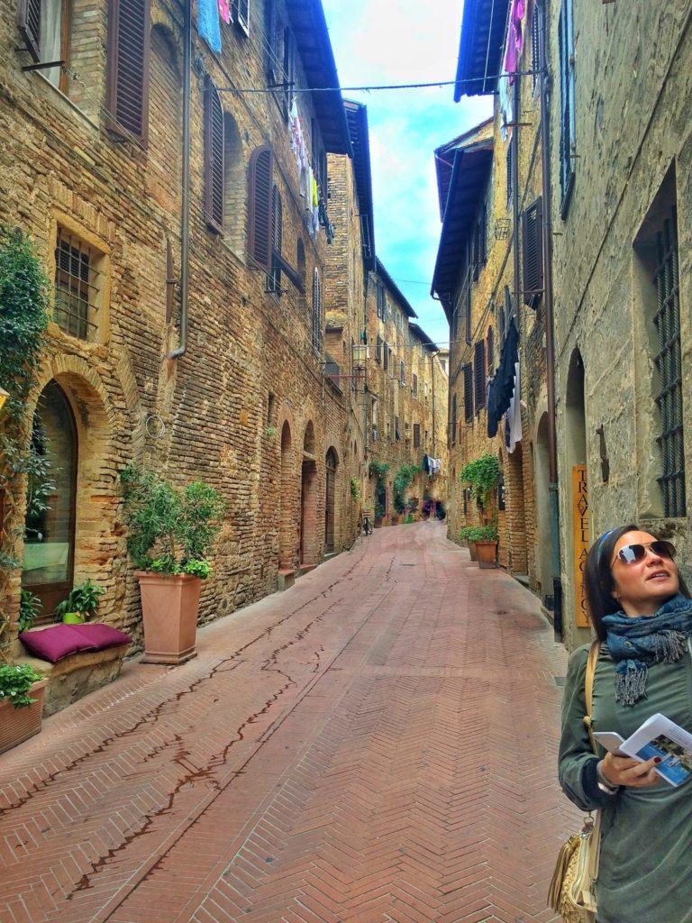 Exploring San Gimignano on a Tuscany, Italy road trip