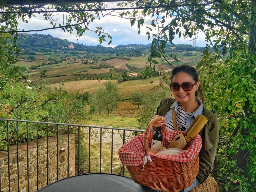 Caseificio Cugusi picnic during a Tuscany, Italy road trips